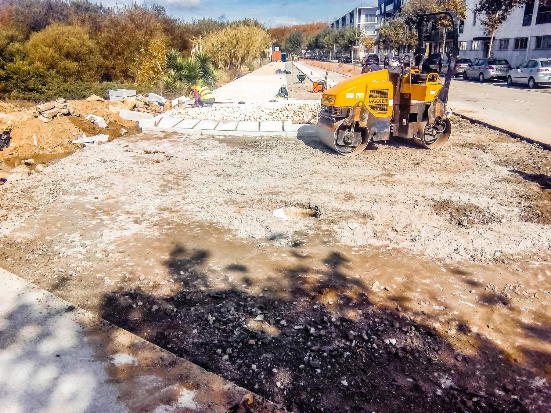 construcao-de-passeio-ciclovia-e-estacionamento-na-avenida-do-castelo-1