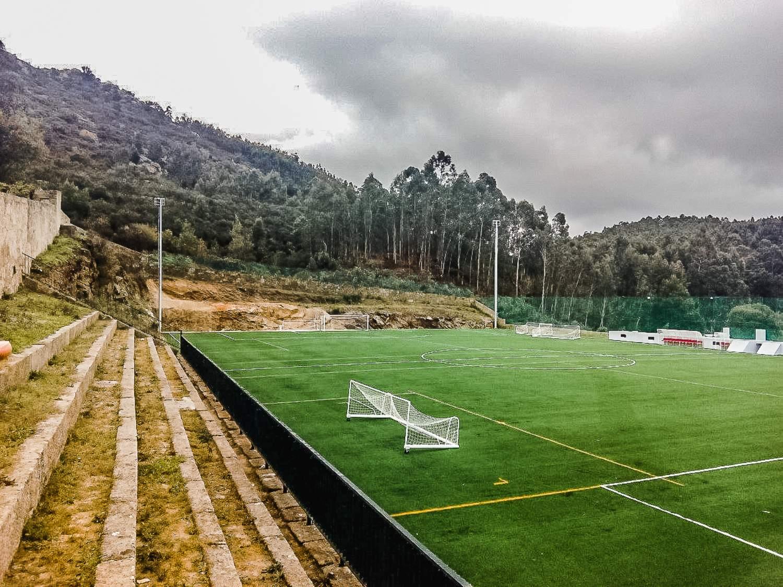 construcao-do-campo-de-futebol-de-lanhelas-1