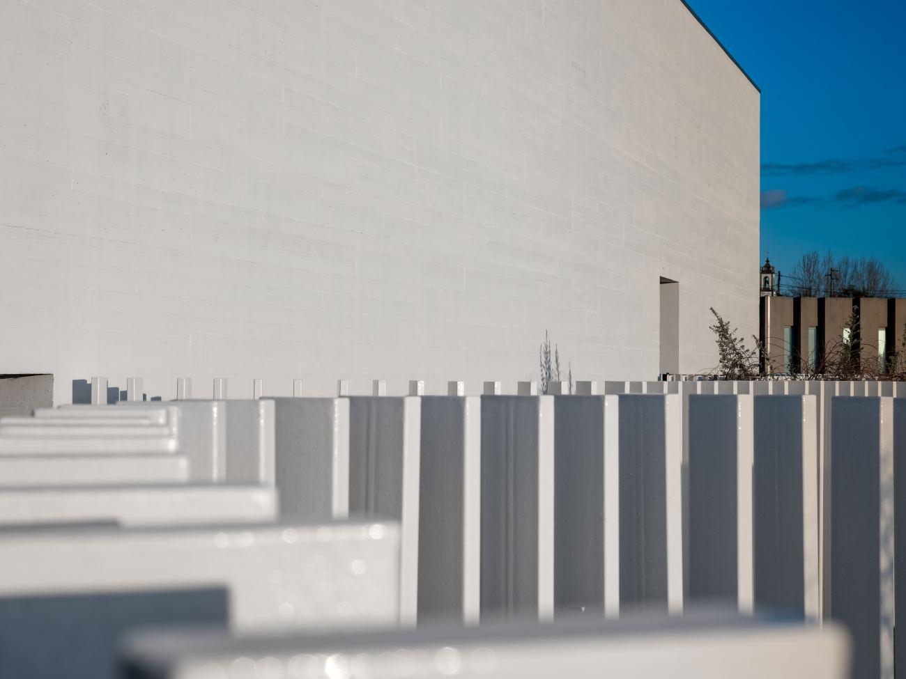 construcao-da-creche-casa-de-magalhaes-acabamentos-interiores-e-arranjos-exteriores-10